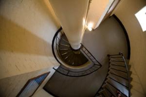 185 Winding Steps